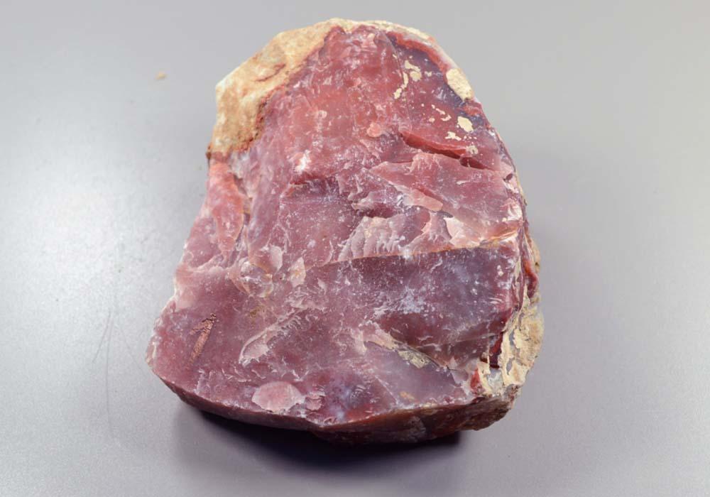 сабо закрытым необработанные камни фото и описание цены